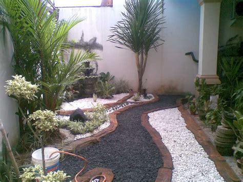 desain rumah lebih rendah dari jalan 42 desain taman belakang rumah ukuran kecil rumah dan desain