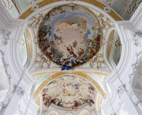 pittura per soffitto pixwords l immagine con disegno pittura murale parete