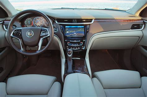 Top 10 Car Interiors by Top 10 Best Automotive Interiors For 2013 Carsdirect