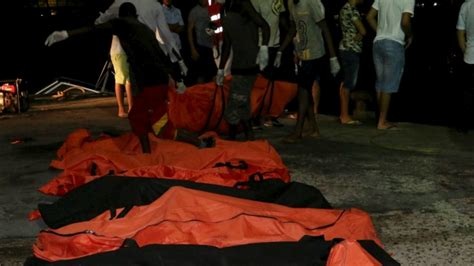 libyan refugee boat sinks libya recovers 105 bodies after refugee boat sinks more