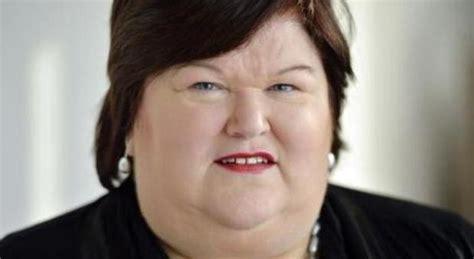 ministro della belgio il ministro della salute 232 obeso scoppia la polemica