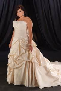 plus size colored wedding dresses plus size wedding dresses with color and sleeves gpji