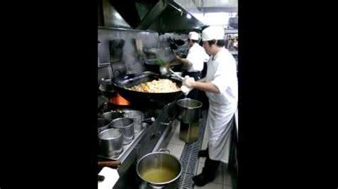 cuisiner dans un wok l de cuisiner dans un wok g 233 ant breakforbuzz