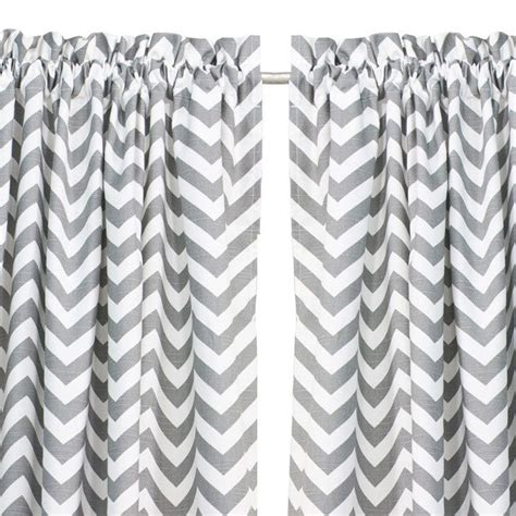 Grey Chevron Curtains 25 Best Ideas About Grey Chevron Curtains On Pinterest Grey And White Curtains Chevron