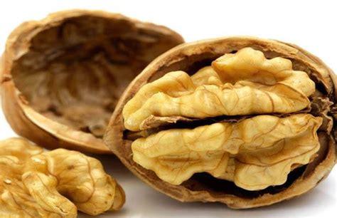 alimenti ricchi di serotonina compressa mente combattere la depressione con la dieta