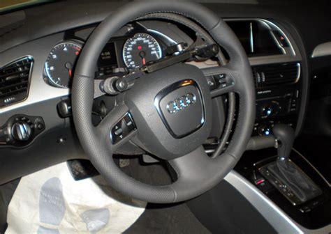 auto con comandi al volante per disabili acceleratore sotto al volante per disabili comandi