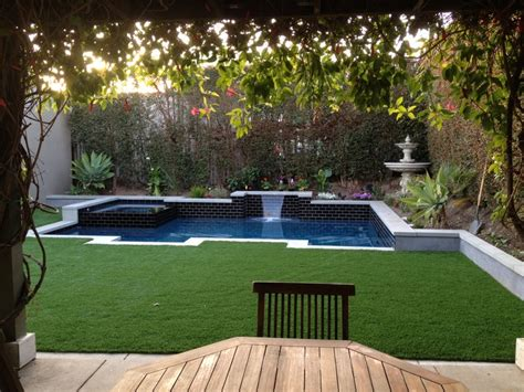 ordinary Backyard Ideas For Small Yards #4: b081e9f9a1ae8f655cfff99f170c4ddd.jpg