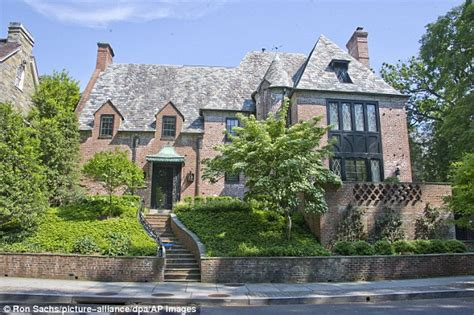 obama home here s why people are livid over the obamas new mansion conservative world daily