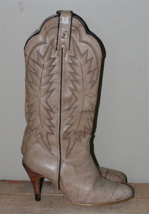 womens high heel cowboy boots vintage s high heel cowboy boots by jeenz bootz size