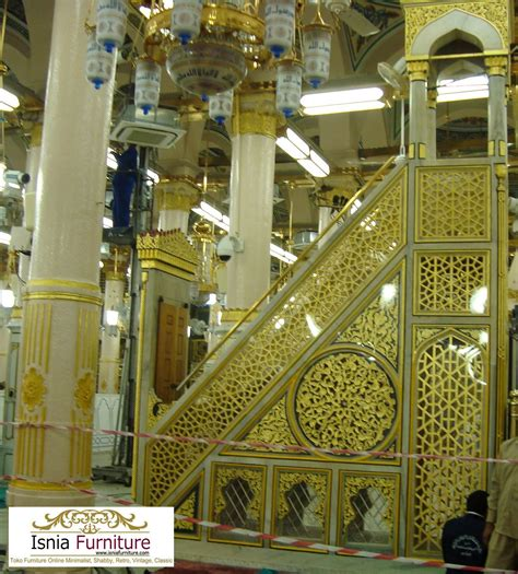 Mimbar Jati Untuk Masjid mimbar masjid nabawi kayu jati mewah ukiran kaligrafi