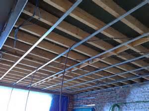 le placo du plafond du salon est pos 233 et peint