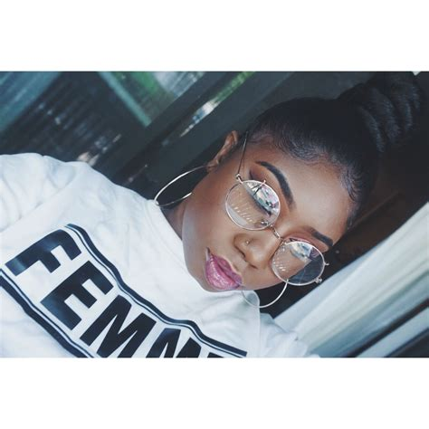 kia styles istagram top knot bun instagram kiabeeartiste kia bee hair