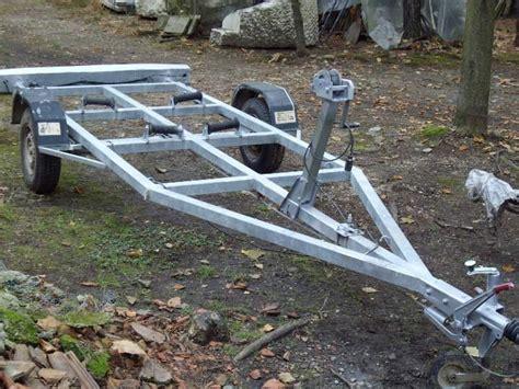 carrelli porta gommoni usati carrelli barca svendita q 9 5 4 3 a golasecca kijiji