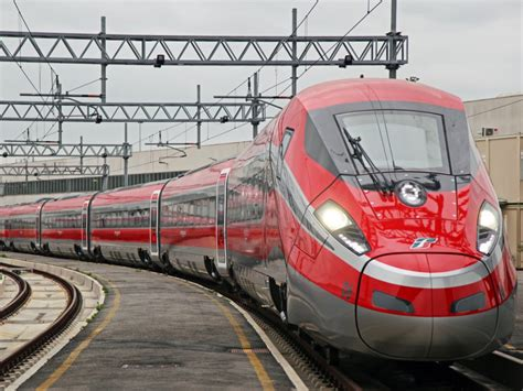 carrozza frecciarossa frecciarossa 1000 to carry passengers in june railway