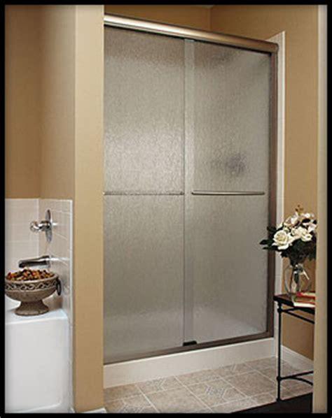 Splendor Shower Door by Shower Doors Cambria Glass