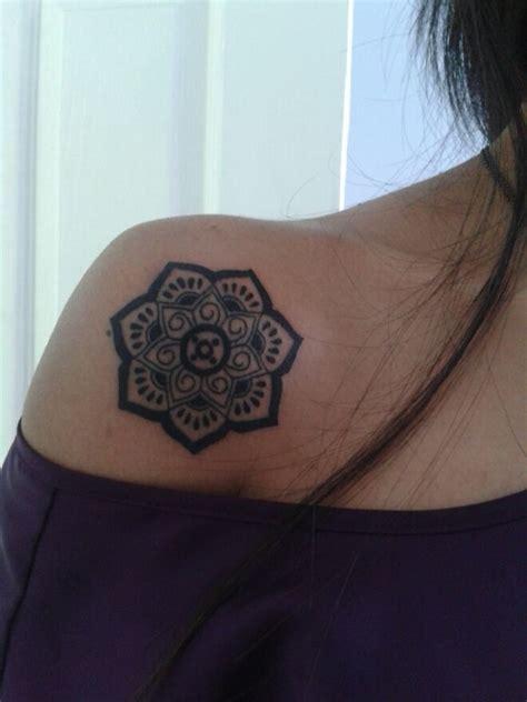 Lotus Flower On Shoulder 39 Lotus Tattoos On Shoulder