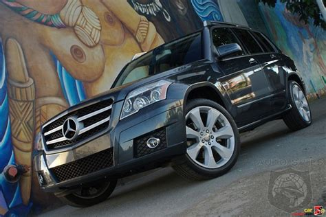 2010 Mercedes Benz GLK350 Review   Compact Crossover Goes
