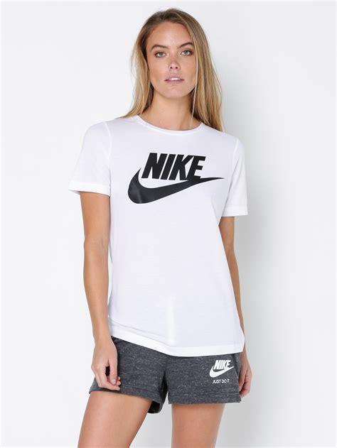 tshirt nike sportwear nike womens nike sportswear essential t shirt in white