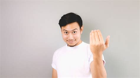 how to a to come come in gesture www pixshark images galleries with a bite