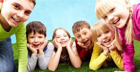 imagenes de niños jugando reales ni 241 os reales jugando imagui