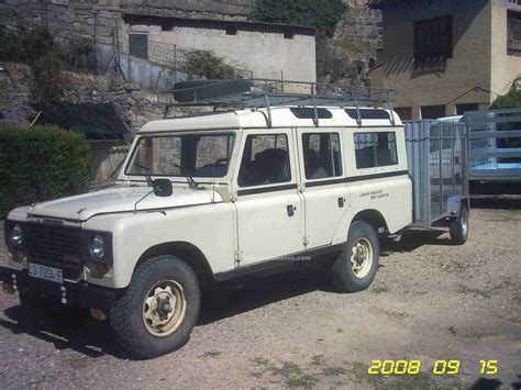 Land Rover Santana 109 Photos News Reviews Specs Car