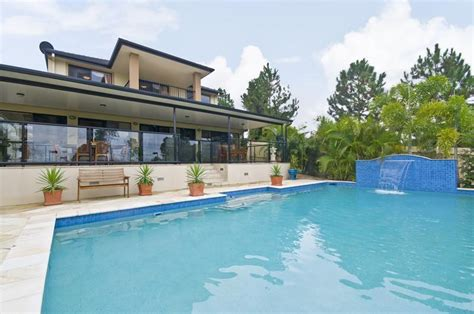Holiday House Waterfront Gold Coast Coastal Holiday Rentals Holiday Accommodation
