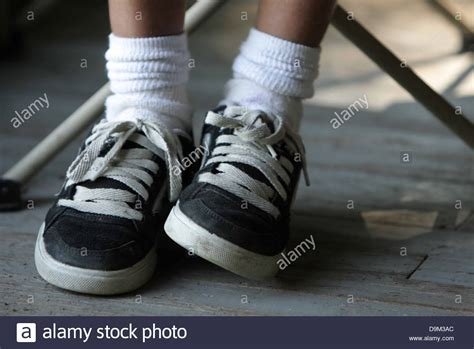 kid shoes shopping child kid only wearing black and white sneakers