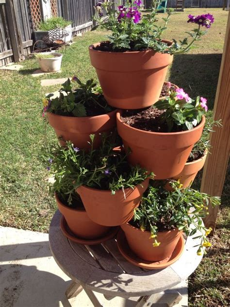 Garden Using Clay Pots Diy Flower Clay Pot Tower Projects For Garden 06 Diy How To