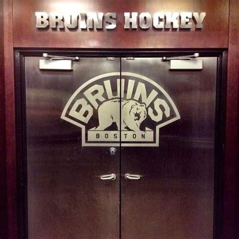 hockey locker room hockey locker rooms on quot shattuck st s http t co 5a9sbxhpge quot