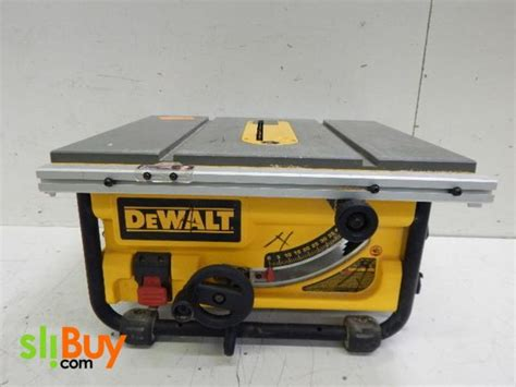 dewalt 10 portable table saw 1000 ideas about portable table saw on table