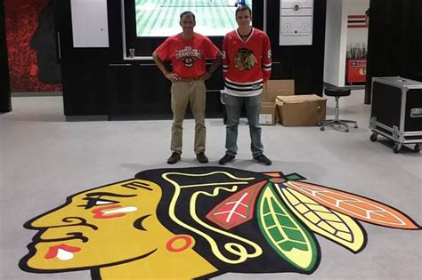 chicago blackhawks locker room blackhawks might spruce up vacant buildings with help from hawks muralist near west side