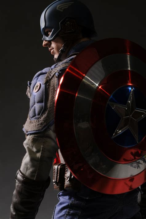 Daymart Toys Captain America Figure review and photos of captain america sixth scale figure by toys