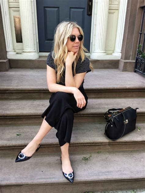 blogger pose the best quot candid quot poses for instagram not another blonde