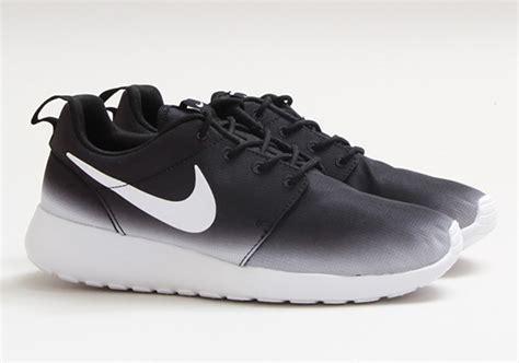 Nike Roshe Run Black White nike roshe run black white