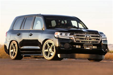 toyota land cruiser toyota debuts land speed cruiser concepts