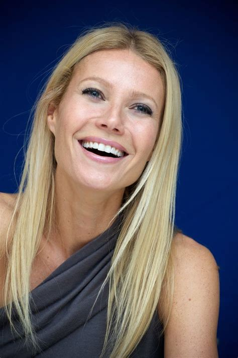 blonde hairstyles to look younger 56 best images about the gwyneth paltrow hairstyles on
