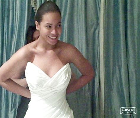 Beyonce Wedding Gown by Beyonce Wasn T Excited About Wedding Dress