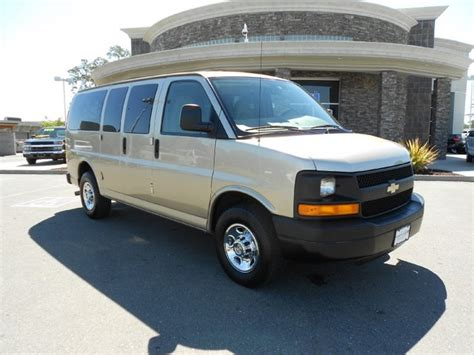 how to learn about cars 2008 chevrolet express 2500 user handbook 2008 chevrolet express information and photos momentcar