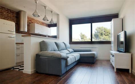pisos de alquiler en barcelona baratos amueblados piso amueblado de dos habitaciones en montbau monapart