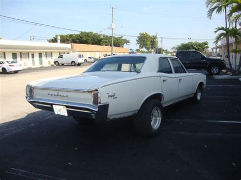 1966 Pontiac Tempest For Sale by Seller Of Classic Cars 1966 Pontiac Tempest White Blue