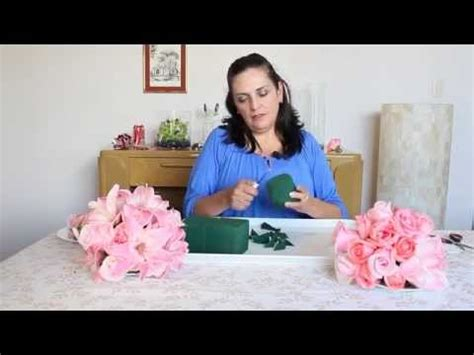 como hacer un arreglo de esferas de flores como hacer una esfera colgante con flores youtube