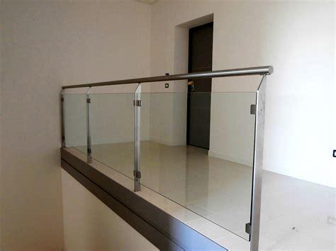 corrimano vetro parapetto in vetro con corrimano conselvetro