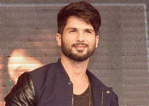 Shahid Kapoor Hairstyle by Shahid Kapoor Hair Style Image Newhairstylesformen2014