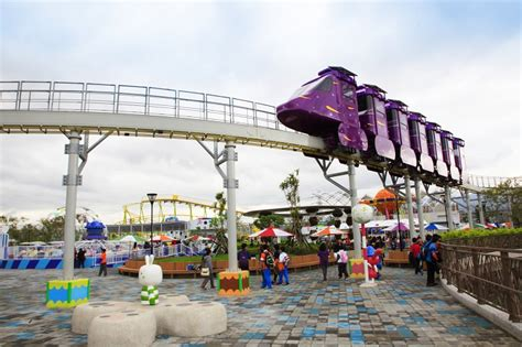 theme park taiwan facebook s 2015 most popular places to check in in taiwan