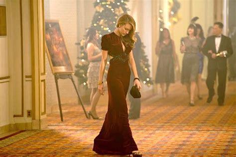 film fashion frivolity age  adalines clock stopping