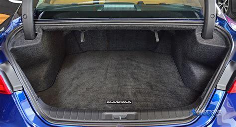 nissan maxima rear trunk