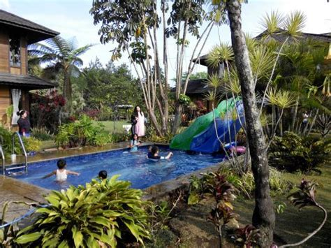 Villa G10 Bandung Indonesia Asia villa gardenia reviews bandung indonesia tripadvisor