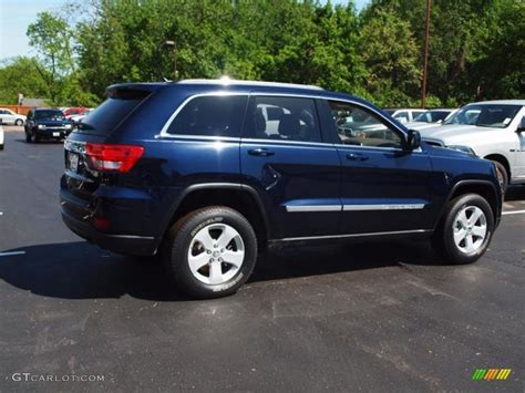 blue jeep grand cherokee 2012 true blue pearl jeep grand cherokee laredo 4x4