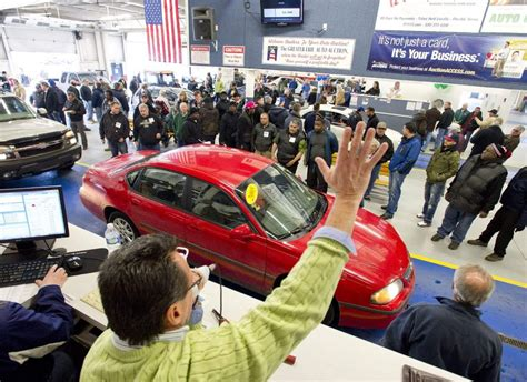 How to Work With Cheap Car Dealers at Auction?   Auto