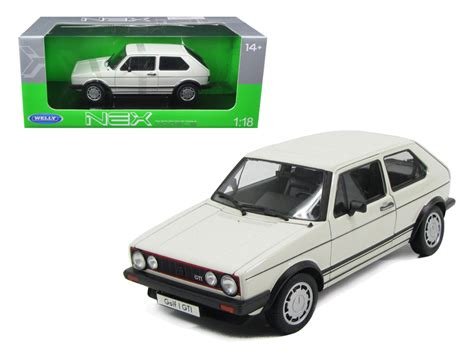 Diecast Welly Vw Golf Gti Seukuran Kinsmart 1 1983 volkswagen golf 1 gti white 1 18 diecast model car by welly